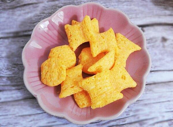 サクサクチー(4種のチーズ味)