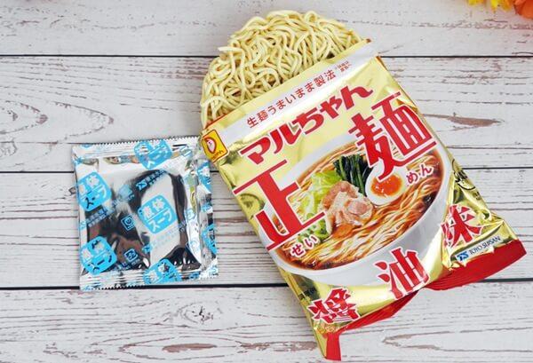 マルちゃん正麺 醤油味 価格:378円(税抜)