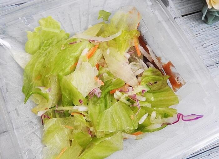 たんぱく質が摂れる!鶏むね肉サラダ(セブンイレブン)価格:429円(税込)