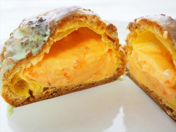 メロンクッキーシュー(ファミリーマート) 価格:168円(税込)
