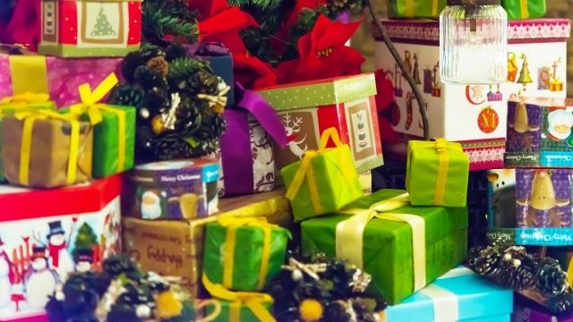 クリスマスプレゼントはカッテミル?
