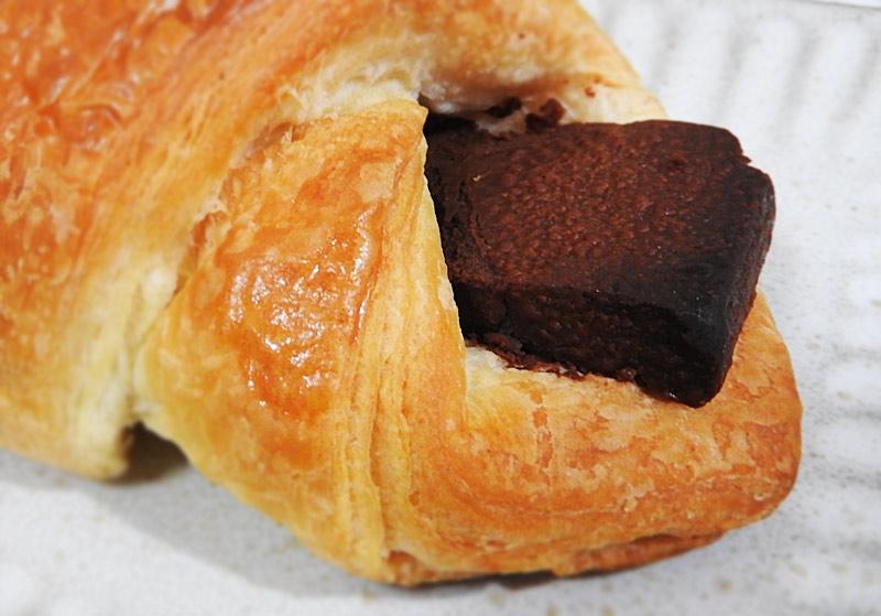 チョコレートデニッシュ(ローソン) 価格:135円(税込)