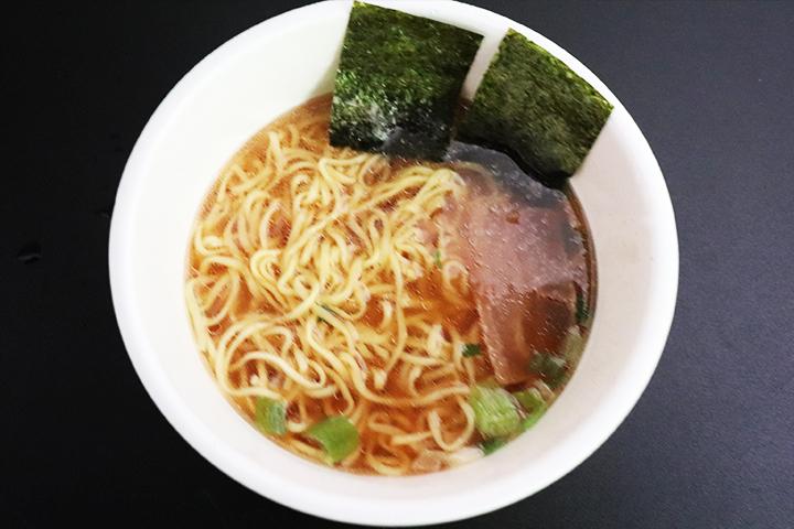 東洋水産株式会社 マルちゃん正麺 カップ 芳醇こく醤油 価格:225円(税抜)