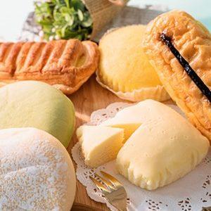 【ファミマ】冷やしてもおいしい菓子パン「濃い味クリームチーズケーキ」新発売