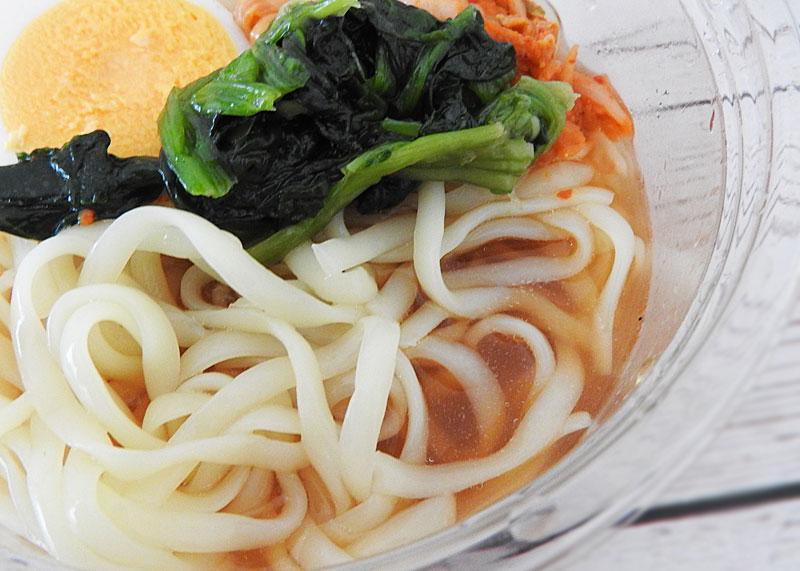 焼肉トラジ監修 和風だし冷麺(ローソン)価格:399円(税込)