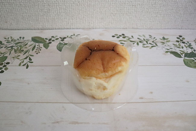 ローソン スフレチーズケーキ 価格:195円(税込)