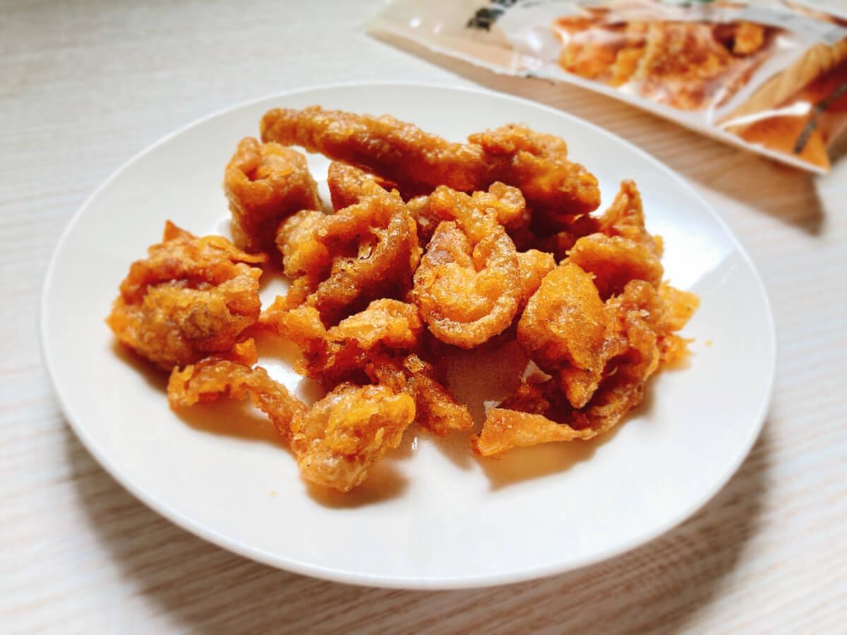 ジューシーなうま味 鶏皮揚げ ガーリック(セブンイレブン) 価格:172円(税込)
