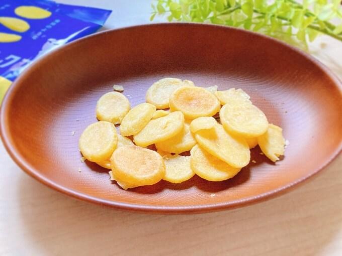 カルビー ポテトデラックス マイルドソルト味 価格:137円(税込)